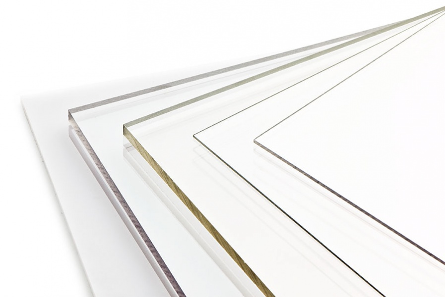 Pleksiglassplater pris